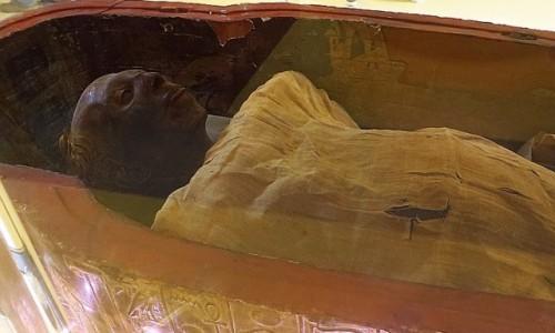 Zdjecie EGIPT / Kair / Kair - Muzeum Egipskie / mumia Thuyi