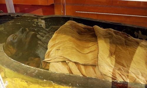 Zdjecie EGIPT / Kair / Kair - Muzeum Egipskie / mumia Yuyi