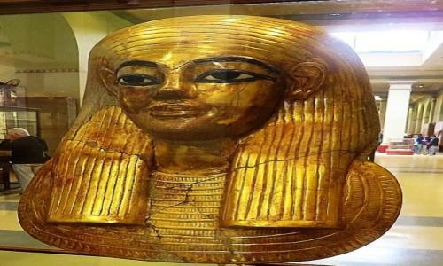 Zdjecie EGIPT / Kair / Kair - Muzeum Egipskie / maska grobowa Thuyi