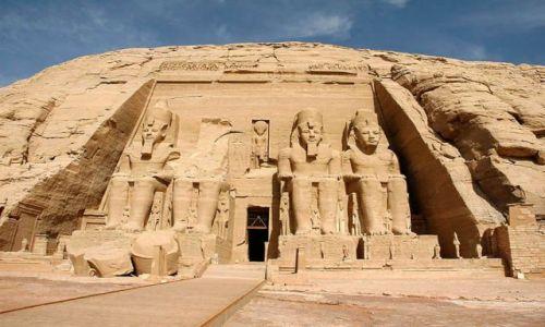 Zdjecie EGIPT / poniżej zwrotnika Raka / nad Jeziorem Nasera / światynia Abu Simbel 2