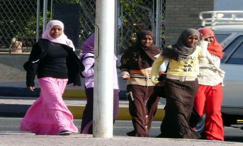 Zdjecie EGIPT / Afryka / Hurghada / Uczennice