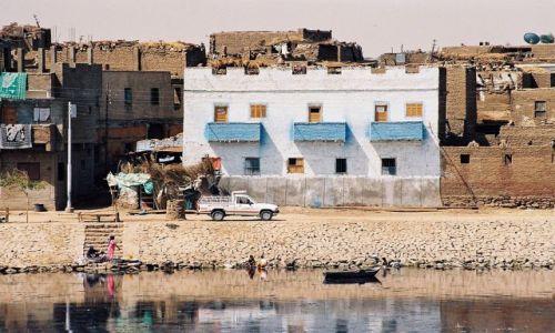 Zdjęcie EGIPT / Nil / Nil / miasteczka nad Nilem