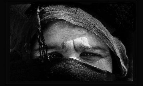 Zdjecie EGIPT / Synaj / Nuweiba / Zasłonięta twarz