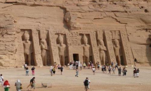 Zdjecie EGIPT / południowy Egipt / Abu Simbel / Świątynia Nefertari