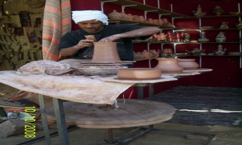 Zdjecie EGIPT / Egipt / Wioska Nubijska / garncarz