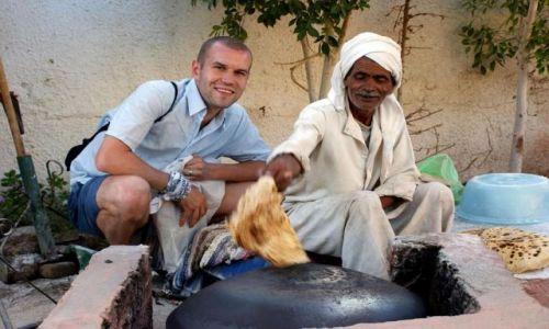 Zdjecie EGIPT / brak / Sharm / Ziz piecze chlebek;) - byl pyszny :)