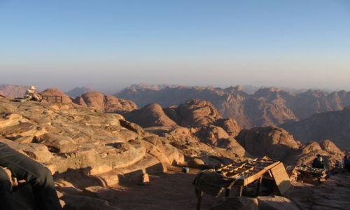 Zdjecie EGIPT / Synaj / Góra Mojżesza / Góra Synaj - wschód słońca