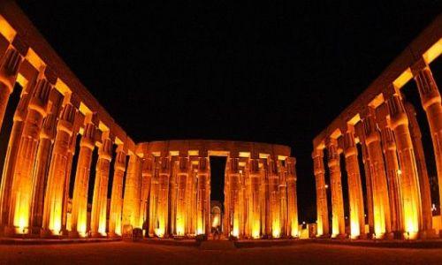 Zdjecie EGIPT / Luxor / świątymia / Luxor
