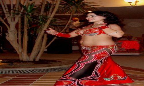 Zdjecie EGIPT / Sharm el Sheikh / sala klubowa w hotelu / taniec brzuszka :)