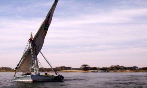 Zdjęcie EGIPT / Luksor / Nil / Zero wiatru.