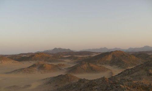 Zdjecie EGIPT / okolice Hurghady / pasmo górskie / Atbaj