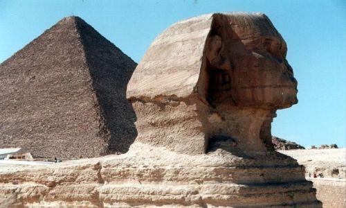 Zdjęcie EGIPT / - / Giza / Wielki Sfinks i Wielka Piramida Cheopsa.