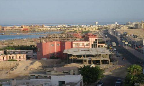 EGIPT / - / Hurghada / Panorama miasta z dachu hotelu King Tut Resort