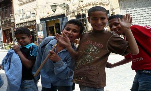 Zdjecie EGIPT / - / Kair / Chłopacy z Egip
