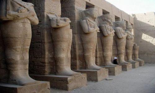 Zdjęcie EGIPT / - / Luxor / W świątyni Amona w Karnaku