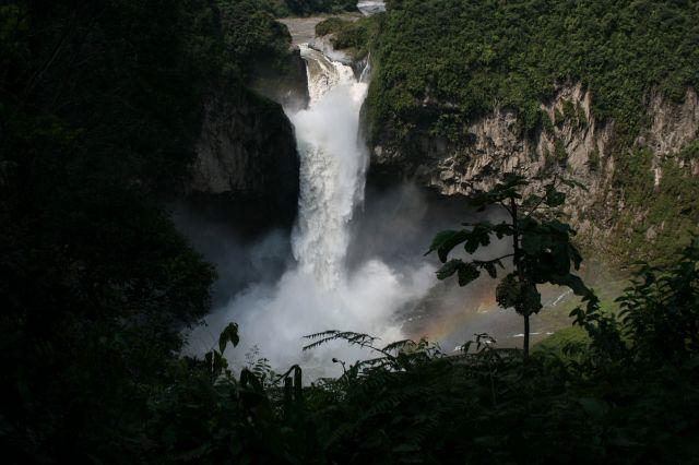 Zdjęcia: w drodze, wodospad 140m cd., EKWADOR