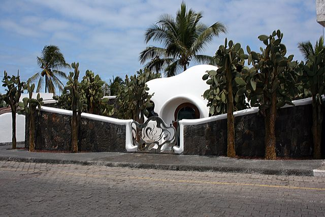 Zdjęcia: Galapagos, psychodeliczny domek, EKWADOR