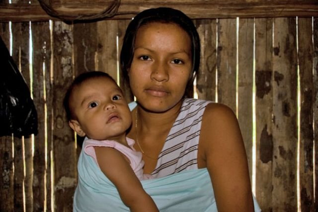 Zdjęcia: Dżungla Ok.PUYO, Z cyklu kobiety Swiata, EKWADOR