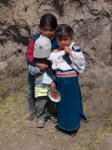 Zdjęcia: Wieś Tunibamba - okolice Otavalo, Tradycyjny ubiór, EKWADOR