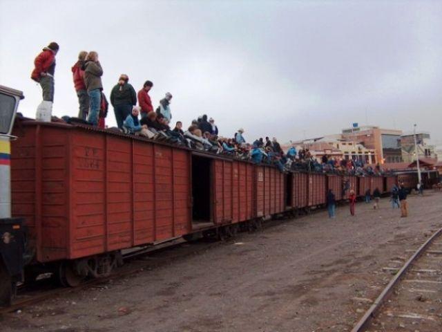 Zdjęcia: Dworzec kolejowy w Riobambie, Pociąg  Riobamba - Sibambe, EKWADOR