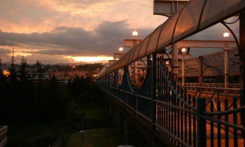 Zdjęcie EKWADOR / Latacunga / Latacunga / Most nocą