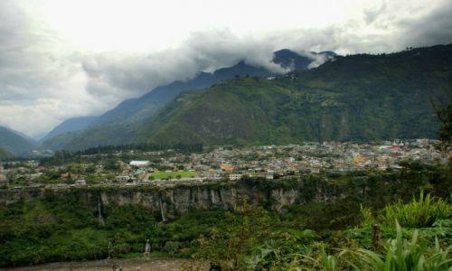 Zdjęcie EKWADOR / Banos / Banos / Widok  na miasto  BANOS