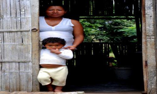 """EKWADOR / Ventanas / najbiedniejsza dzielnica Ventanas - La Poza / KONKURS """"Kobieta w obiektywie podróżnika"""