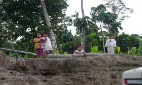 Zdjecie EKWADOR / Coca / Amazonia / Dzieci z Amazonii