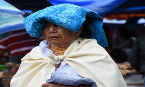 EKWADOR / p�nocny Ekwador / Otavalo / Kobieta na targu