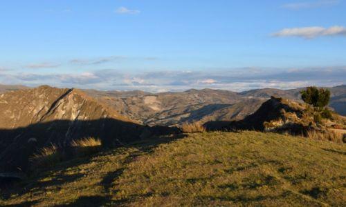 Zdjęcie EKWADOR / Andy / na zachód od Latacungi / Wieczorem