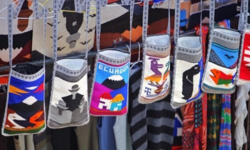 Zdjecie EKWADOR / Otavalo  / Otavalo market / Do wyboru do koloru
