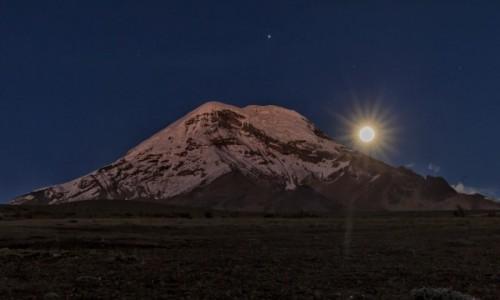 Zdjecie EKWADOR / - / Chimborazo / Chimborazo wschód księżyca