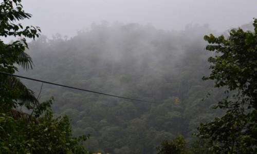 EKWADOR / Mindo / Mindo / Kolejka nad lasem deszczowym