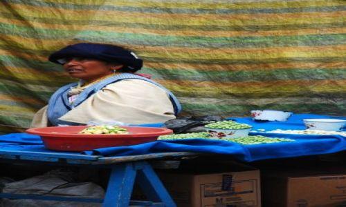 EKWADOR / Otavalo / Otavalo / na targu w Otavalo