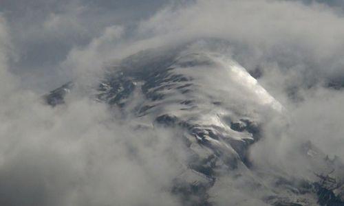 EKWADOR / Ambato / z drogi na Carihuairazo / Chimborazo jest naprawdę olbrzymi
