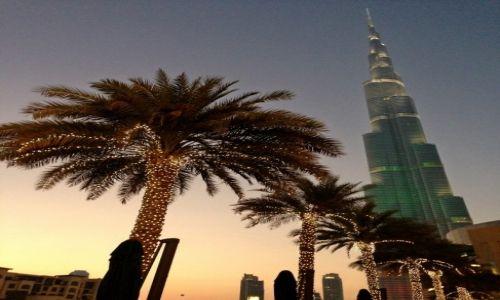 Zdjęcie ZJEDNOCZONE EMIRATY ARABSKIE / Dubaj / Dubaj / Burj Khalifa