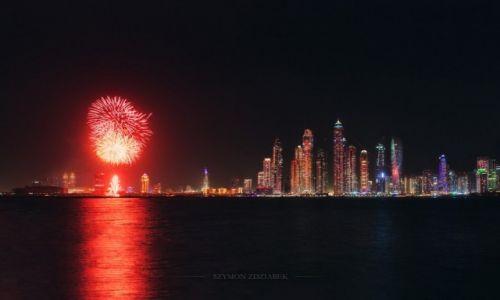 Zdjęcie ZJEDNOCZONE EMIRATY ARABSKIE / Dubai / Palm Jumeirah / Światełko do nieba