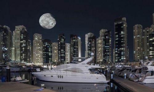 ZJEDNOCZONE EMIRATY ARABSKIE / Dubaj / Marina / Dubaj