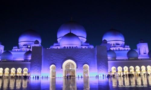 Zdjęcie ZJEDNOCZONE EMIRATY ARABSKIE / - / Abu Dhabi / Wielki Meczet