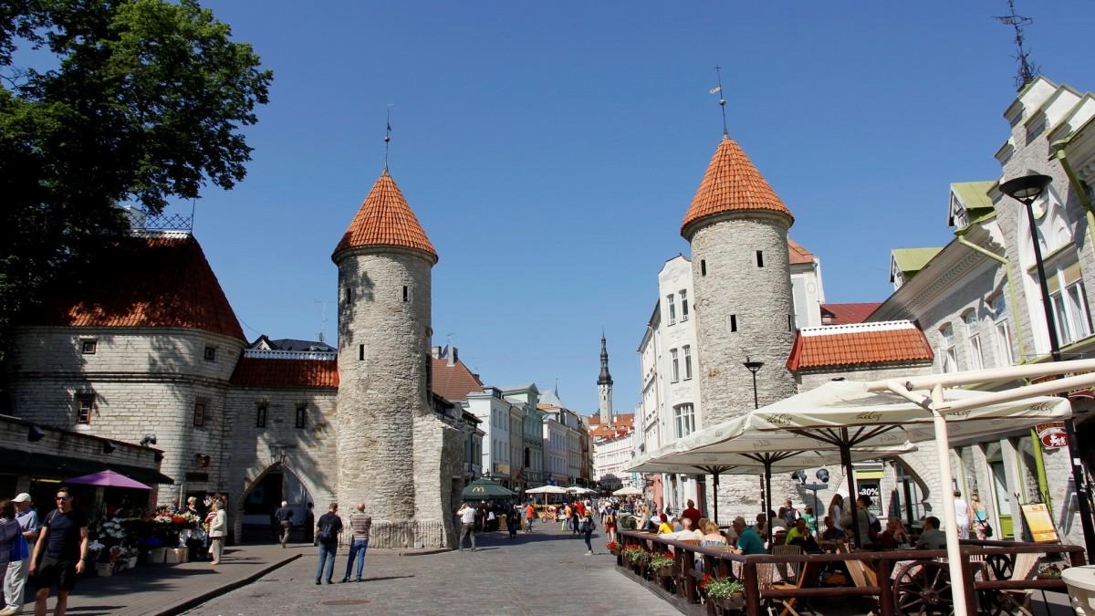 Zdjęcia: Tallin, Brama Viru - wejście na starówkę w Tallinie, ESTONIA