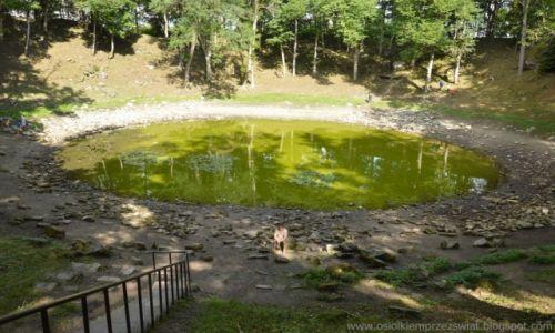 ESTONIA / Saaremaa / Caali meteorite crater / dawno dawno temu, się zderzyło :)