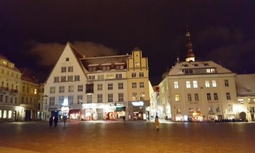 Zdjecie ESTONIA / Harjumaa / Tallinn / Starówka nocą