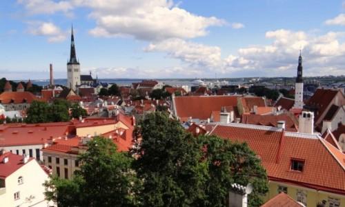 ESTONIA / Harjumaa / Tallinn / Widok ze wzgórza Toompea