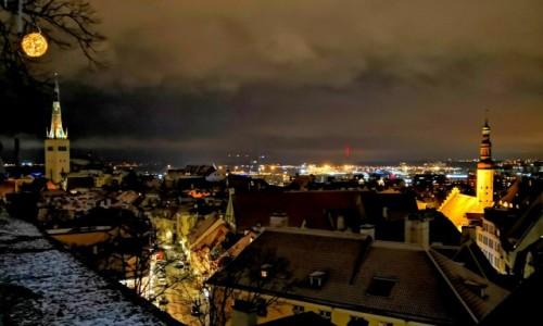Zdjecie ESTONIA / Harjumaa / Tallin / Tallin nocą