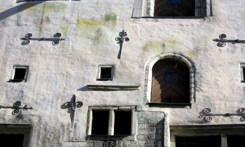 Zdjecie ESTONIA / Tallin / Tallin / KONKURS - Drzwi spichrza w Tallinie