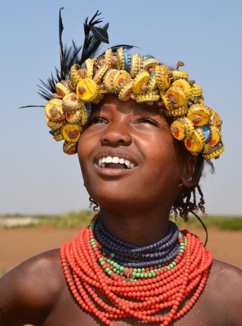 Zdjęcia: wioska Dassanech, okolice Omorate, Recykling :), ETIOPIA