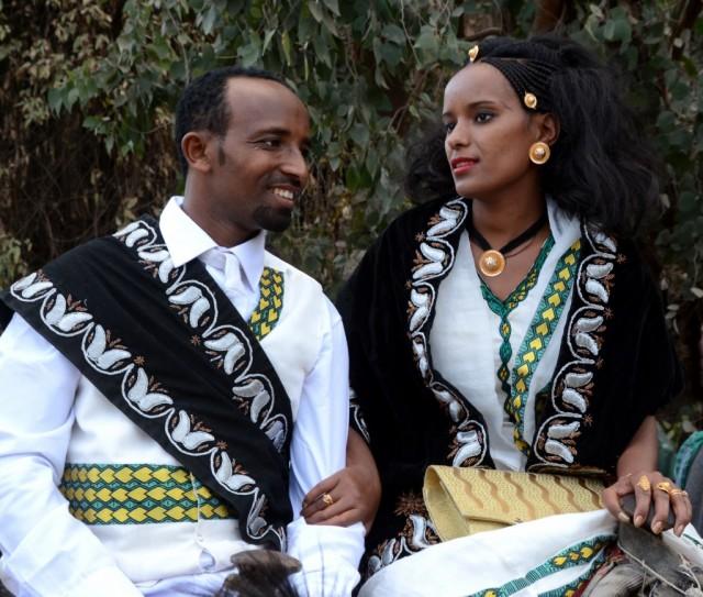 Zdjęcia: Lalibela, Amhara, Młoda para, ETIOPIA