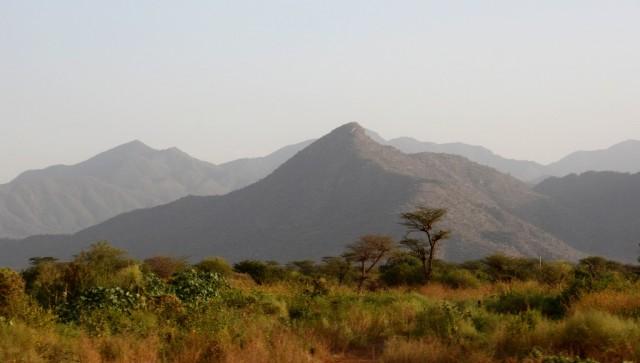 Zdjęcia: w trasie, Dolina Omo, W Dolinie Omo, ETIOPIA