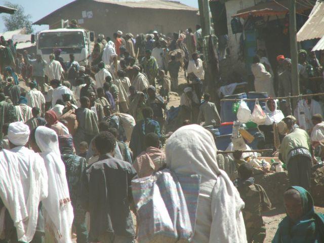 Zdjęcia: Dabar, Góry Siemen, Dzień w Dabarze, ETIOPIA