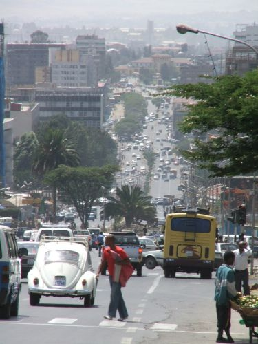 Zdjęcia: Addis Ababa, Addis Ababa, Ruch uliczny w Addis, ETIOPIA
